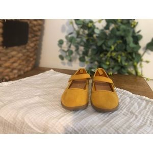 Beautiful Suede Style Toddler Flats